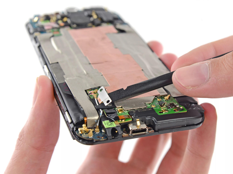 Устранение неисправностей в цепи зарядки смартфона